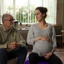 L'altra metà della storia: Jim Broadbent e Michelle Dockery in una scena del film