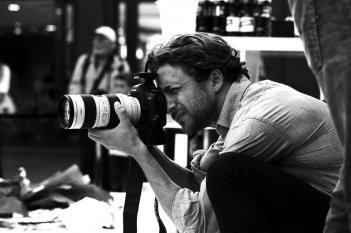 Franca: Chaos and Creation, il regista Francesco Carrozzini sul set del documentario