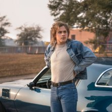Stranger Things: Dacre Montgomery in una foto della seconda stagione