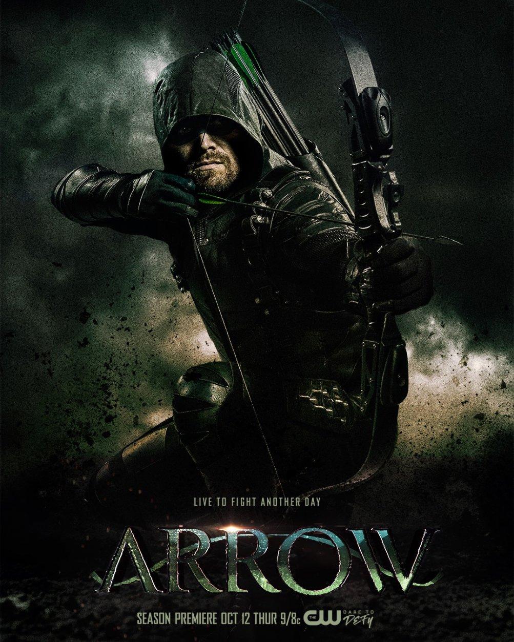 Arrow: Stephen Amell nella nuova locandina della stagione 6