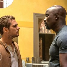 Luke Cage: Mike Colter a confronto con Finn Jones nella stagione 2