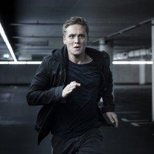 You Are Wanted: Matthias Schweighöfer in una scena