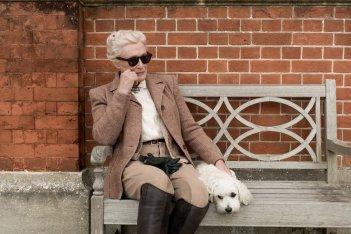 Mistero a Crooked House: Glenn Close in un momento del film