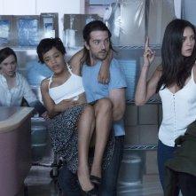 Flatliners - Linea mortale: Diego Luna, Ellen Page, Nina Dobrev e Kiersey Clemons in una scena del film