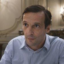 Happy End: Mathieu Kassovitz in una scena del film
