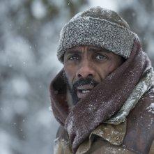Il domani tra di noi: Idris Elba in una scena del film