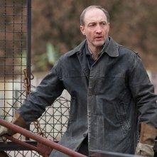 La signora dello zoo di Varsavia: Michael McElhatton in una scena del film