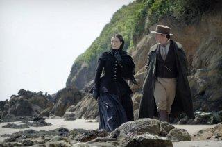 Rachel: Rachel Weisz e Sam Claflin in un momento del film