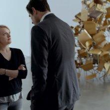 The Square: Elisabeth Moss e Claes Bang in una scena del film