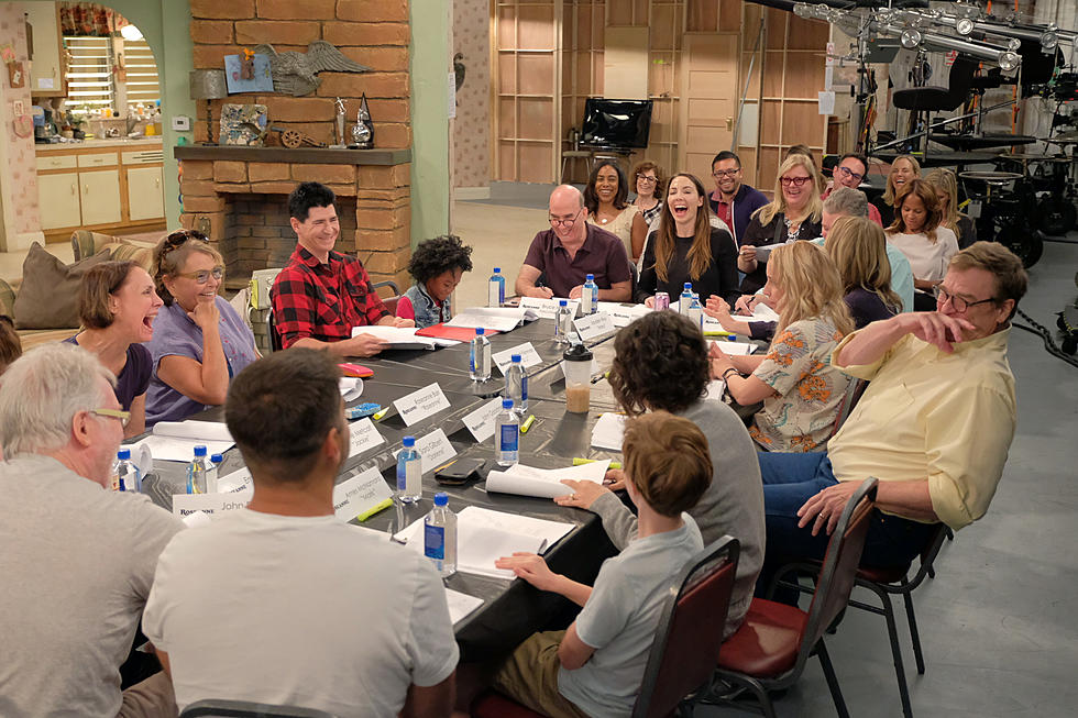 Roseanne Table Read Pic