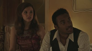 Detroit: Hannah Murray e Algee Smith in una scena del film
