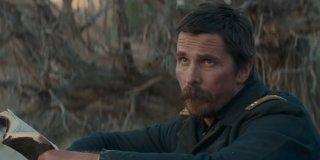 Hostiles: Christian Bale in un'immagine tratta dal film