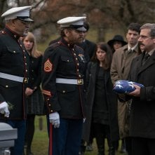 Last Flag Flying: Steve Carell, Laurence Fishburne e Bryan Cranston in una scena del film