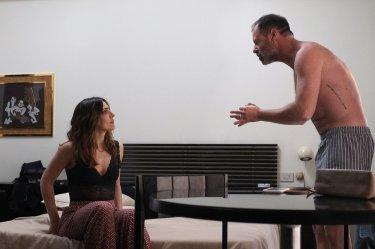 Terapia di coppia per amanti: Pietro Sermonti e Ambra Angiolini in un momento del film