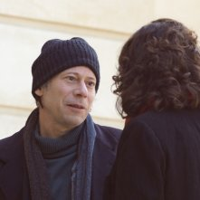 Tomorrow and Thereafter: Mathieu Amalric e Noémie Lvovsky in una scena del film
