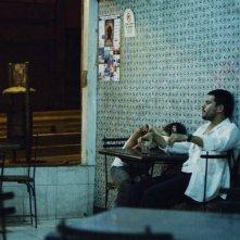 La familia: Giovanni García e Reggie Reyes in un momento del film