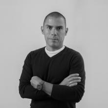 La familia: il regista Gustavo Rondón Córdova in un'immagine promozionale