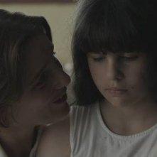 Menina: Naomi Biton e Beatriz Batarda in una scena del film