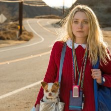 Please Stand By: Dakota Fanning in una scena del film