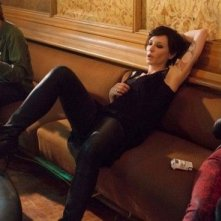 Manifesto: la protagonista Cate Blanchett in versione rocker