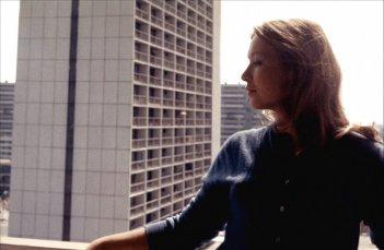 Due o tre cose che so di lei: Marina Vlady in una scena del film