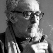 Jean-Luc Godard in una foto che lo ritrae