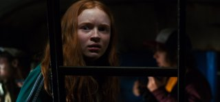 Stranger Things: l'attride Sadie Sink in una foto della seconda stagione