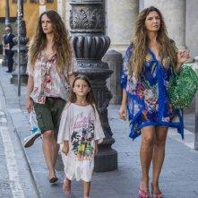 Sirene: Maria Pia Calzone, Valentina Bellé e Denise Tantucci in una scena della serie
