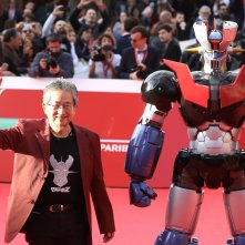 Roma 2017: Go Nagai saluta i fotografi sul red carpet di Mazinga Z Infinity