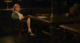 Sarah Gadon in una scena di Indignazione