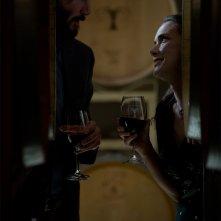Destination Wedding: Keanu Reeves e Winona Ryder in una foto del film