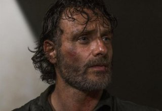 The Walking Dead: un primo piano di Andrew Lincoln nell'episodio Monsters