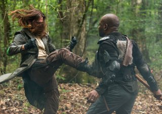 The Walking Dead: una scena d'azione nell'episodio Monsters
