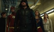 Arrow e Flash incontrano Supergirl nel promo del crossover Crisis on Earth-X