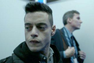 Mr. Robot: una scena con Rami Malek nell'episodio eps3.4_runtime-err0r.r00