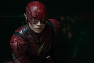 Justice League: Ezra Miller in un'immagine tratta dal film