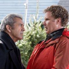 Daddy's Home 2: Will Ferrell e Mel Gibson in una scena del film