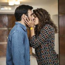 Smetto quando voglio - Ad honorem: Edoardo Leo e Valeria Solarino in una scena del film