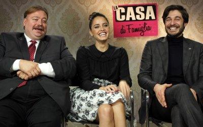 """La casa di famiglia: il cast spiega """"come schivare domande scomode al cenone di Natale"""""""