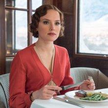 Assassinio sull'Orient Express: Daisy Ridley in una scena del film
