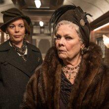 Assassinio sull'Orient Express: una foto delle attrici Olivia Colman e Judi Dench