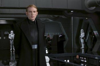Star Wars: Gli Ultimi Jedi, Domhnall Gleeson in un momento del film