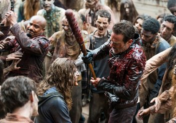 The Walking Dead: una scena d'azione dell'episodio The Big Scary U