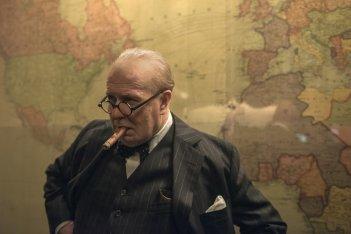 L'ora più buia: Gary Oldman in un'immagine del film