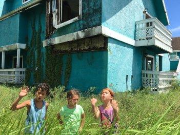 The Florida Project: Brooklynn Prince in una scena del film