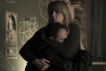 Dark: Oliver Masucci e Jördis Triebel in una scena della serie