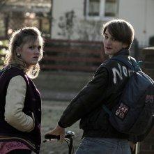 Dark: due giovani protagonisti della serie
