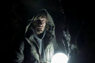Dark: Andreas Pietschmann in un momento della serie