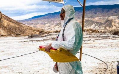 Tito e gli alieni: Valerio Mastandrea a caccia di alieni tra Napoli e l'Area 51