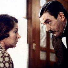 Assassinio sull'Orient Express: Albert Finney e Ingrid Bergman in una scena del film